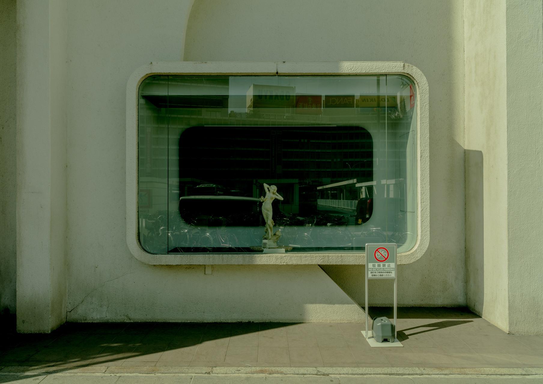 STREET-PHOTOGRAPHY-17-JUANMI-MARQUEZ-1761x1280-1761x1280
