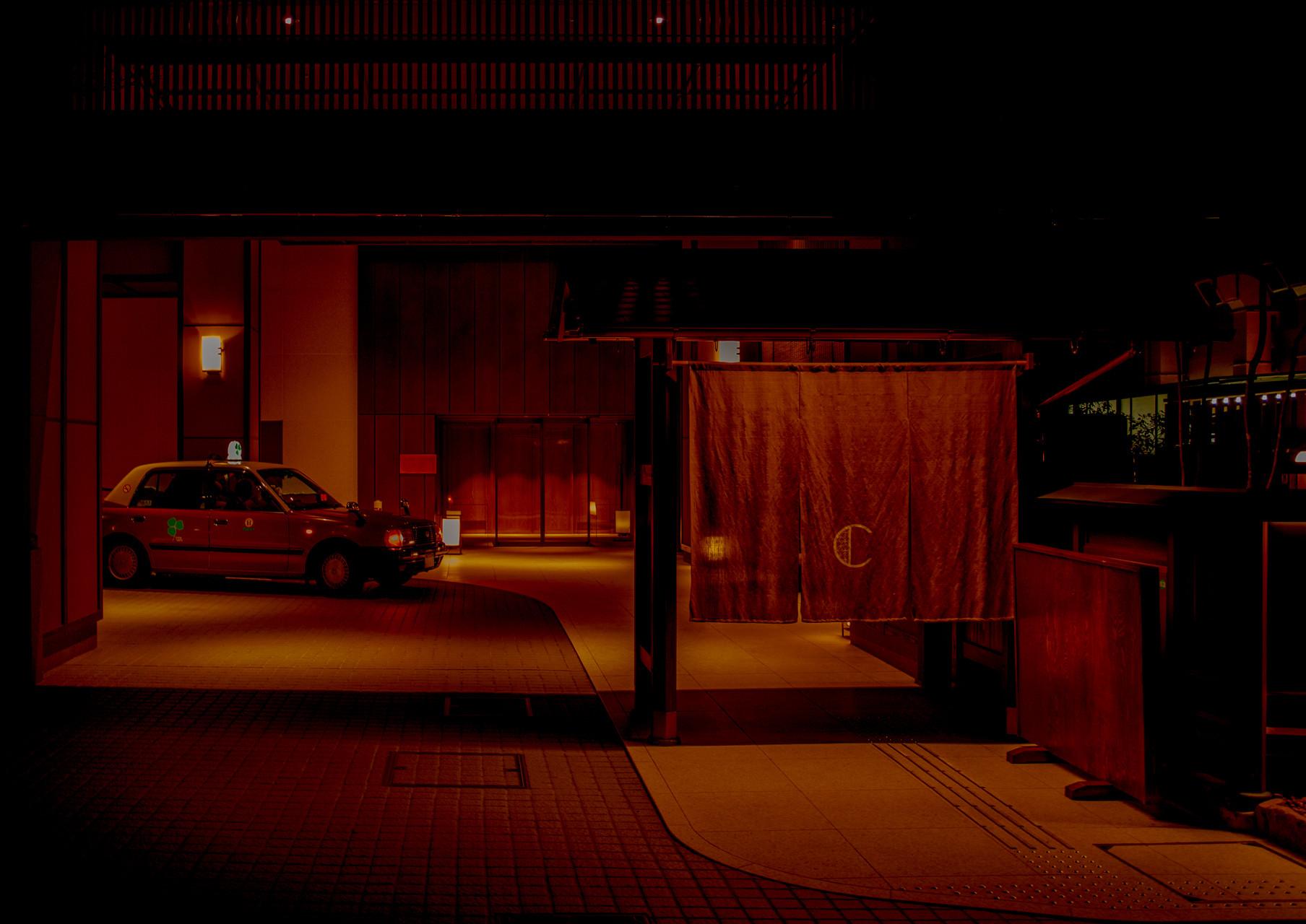 STREET-PHOTOGRAPHY-33-JUANMI-MARQUEZ-1761x1280-1761x1280